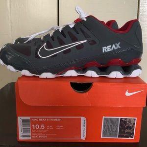 Nike Reax 8